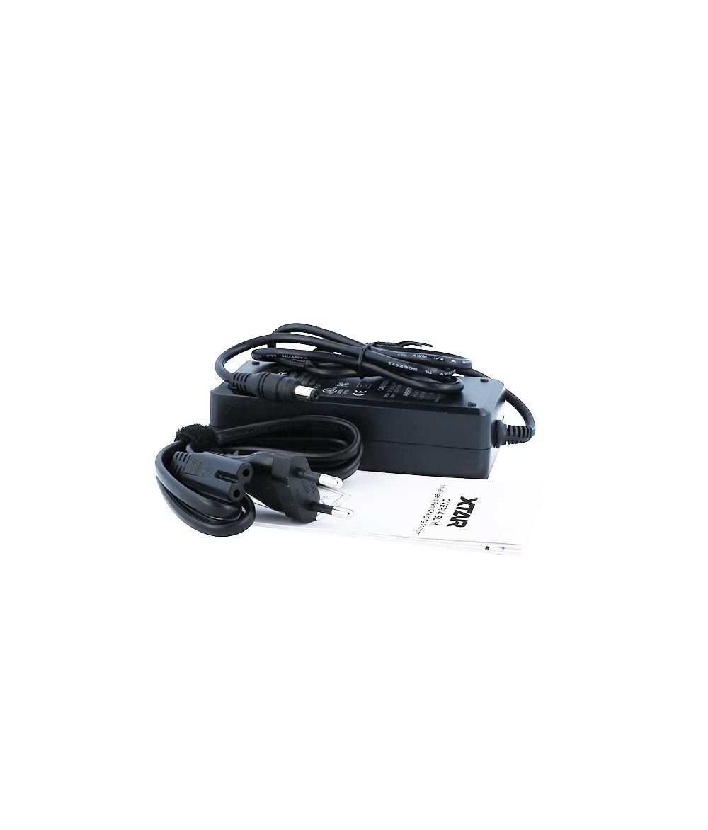 XTAR Over 4 Slim Ladegerät und USB Port Lader